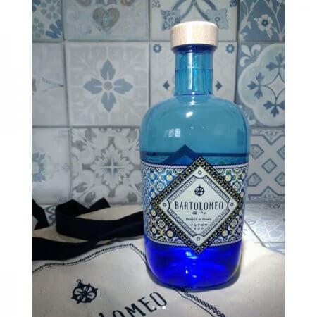 Bartolomeo Gin - bouteille éclairée