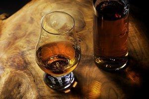 Whisky dans un verre Glencairn