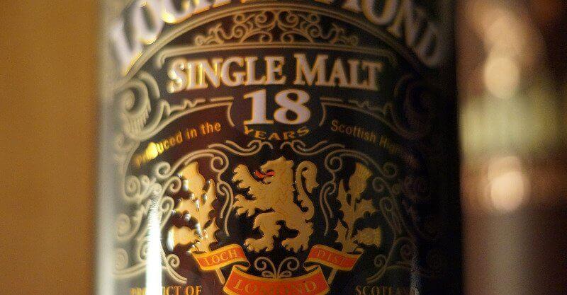 Étiquette d'un whisky 18 ans d'âge