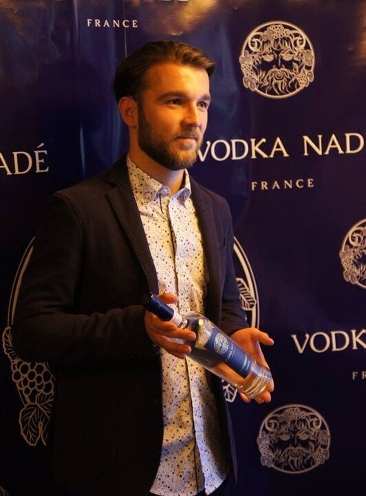 Cédrik Nadé lors de la soirée de présentation de la Vodka Nadé