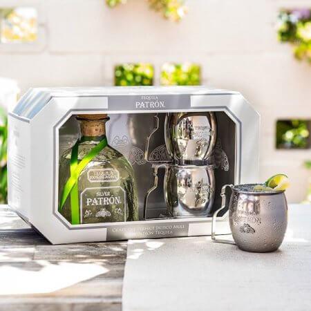 Illustration Coffret Tequila Patrón Silver avec 2 Mugs